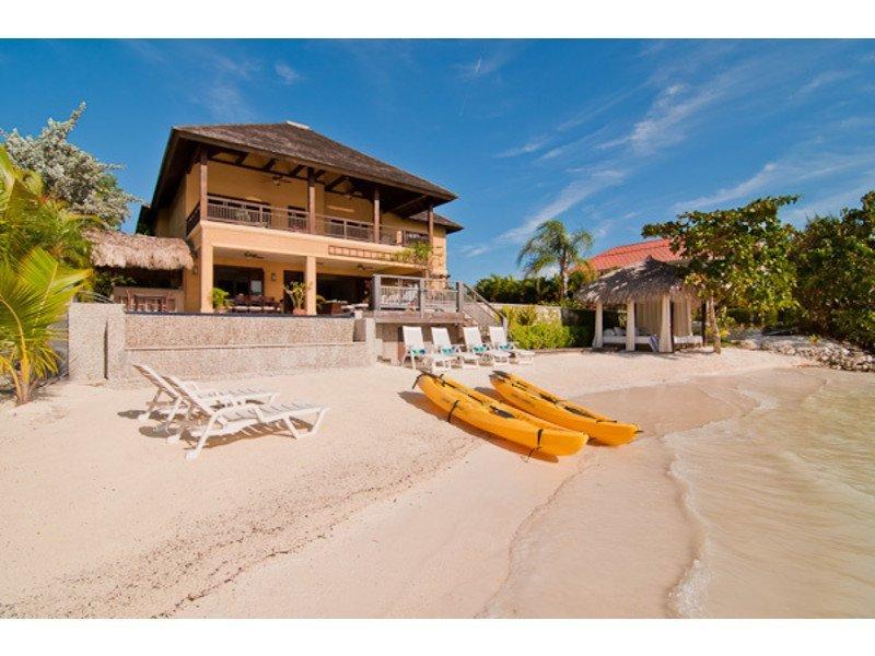Jamaica-Montego-Bay-Beach-House-Villa   Villas in Jamaica