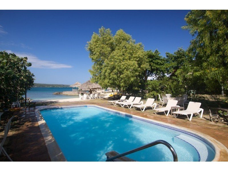 ... private pool just steps from the seaside gazebo & beach