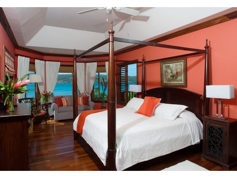 Papaya Bedroom - fabulous seas views
